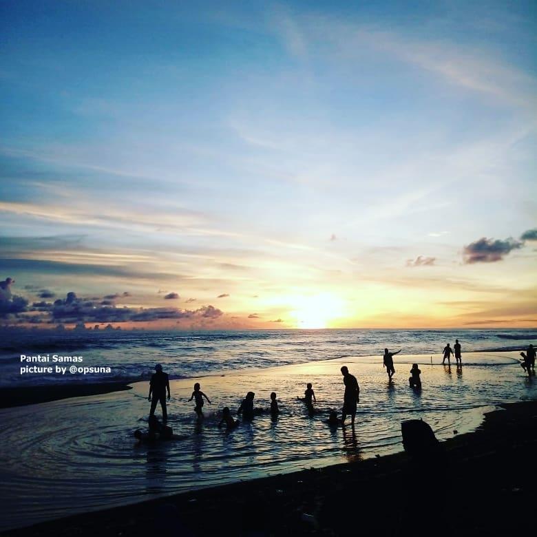 Pantai Samas