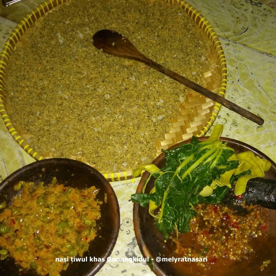 tiwul makanan khas gunungkidul